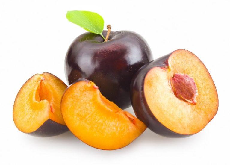 Слива фрукты для беременных 90