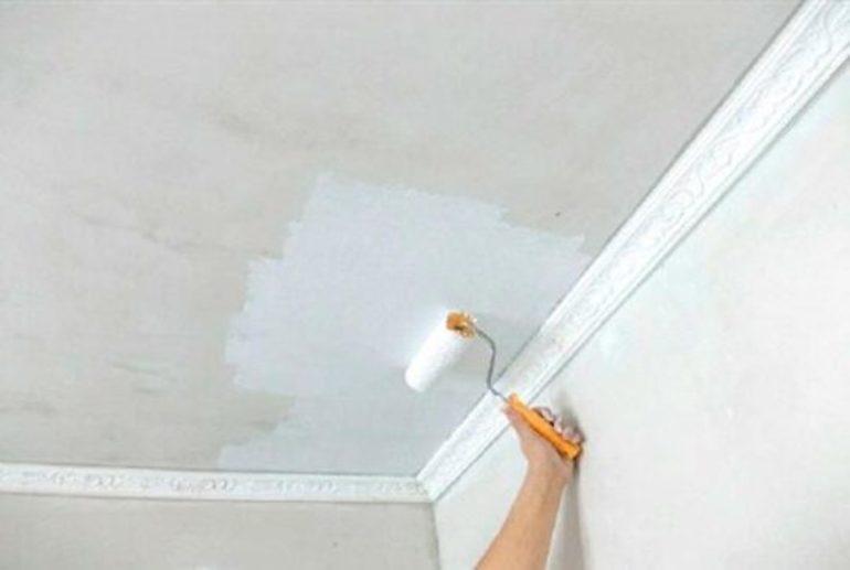 Как убрать рыжие пятна на потолке