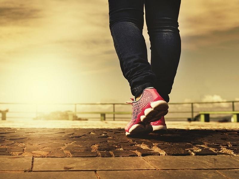 пешие прогулки способствуют расслаблению
