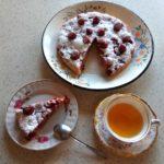 Скоростной рецепт заливного пирога с ягодами