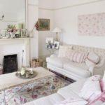 Английская классика или интерьер с подушками в стиле шебби-шик