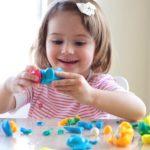 Какими играми занять дома ребёнка в 3 года