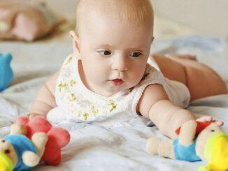 игры с ребенком 4 месяца