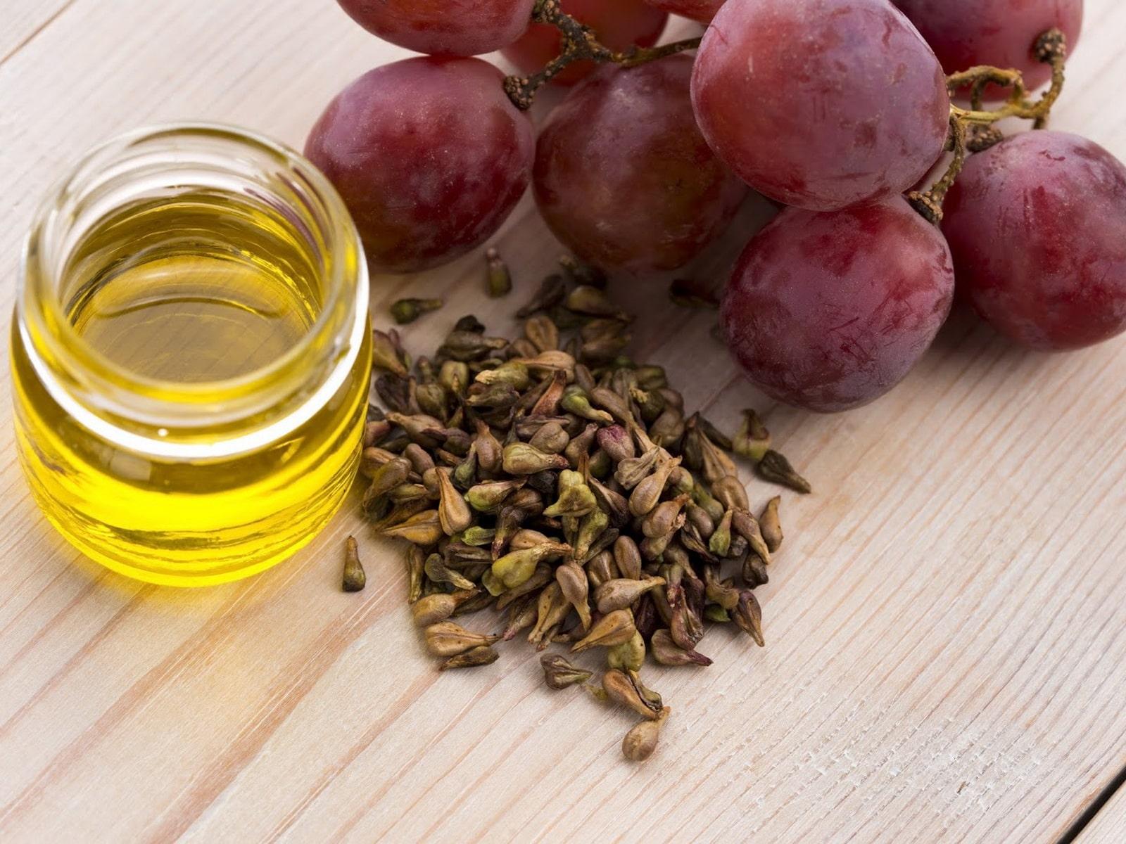 Полезные свойства масла из виноградной косточки