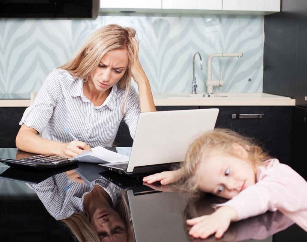 ошибки воспитания детей в семье - вечная родительская занятость