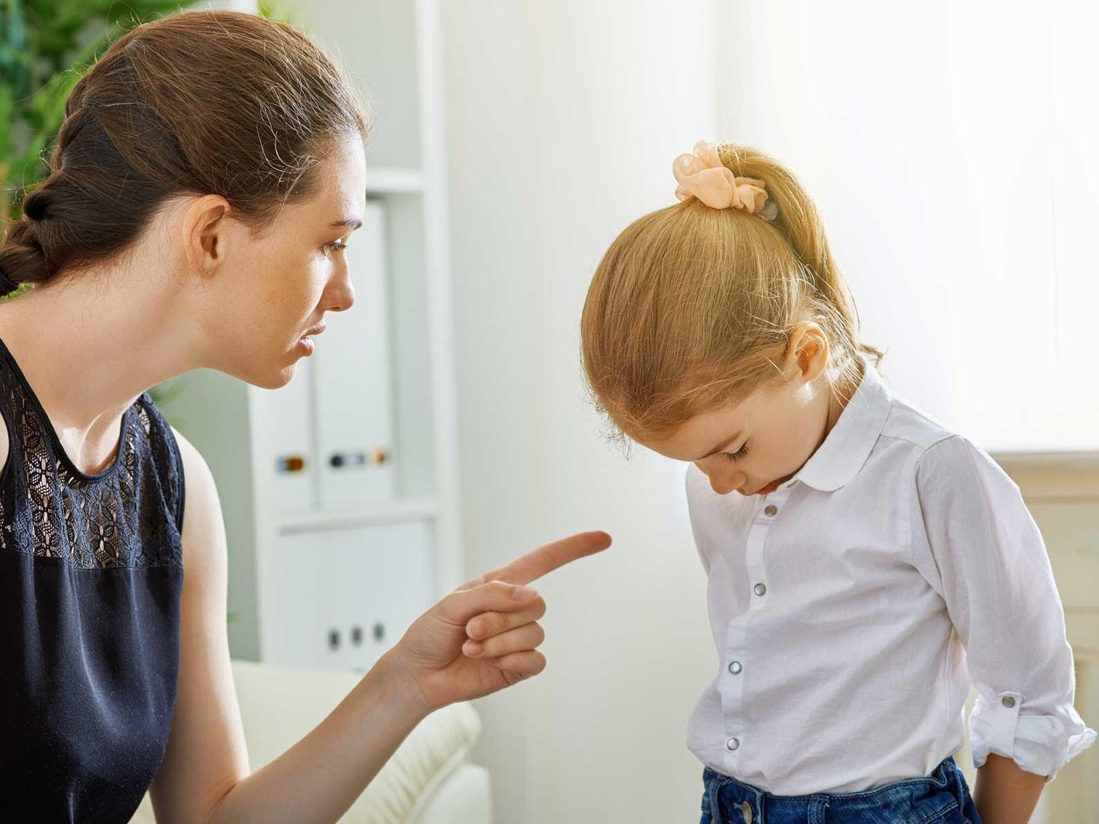 ошибка воспитания - выговор ребенку